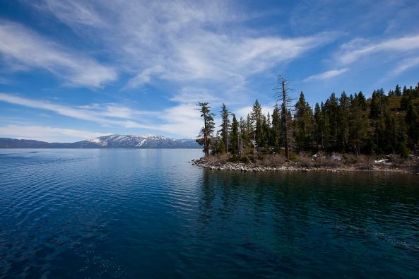 Tahoe_North_Shore_from_the_East_Shore