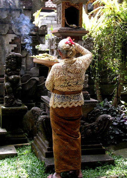 UBUD_SHRINE1