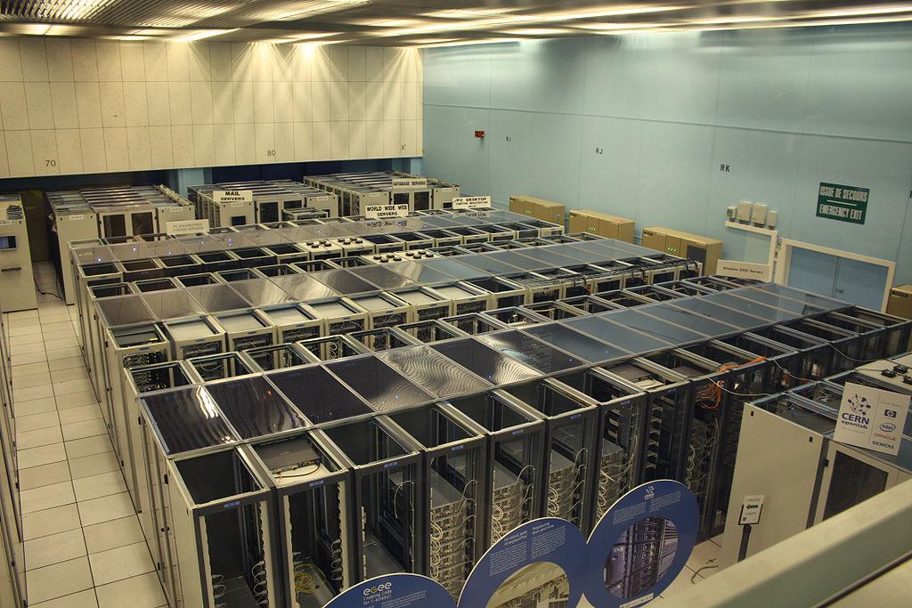 1024px-Cern_datacenter