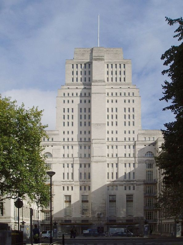 765px-Senate_House,_University_of_London