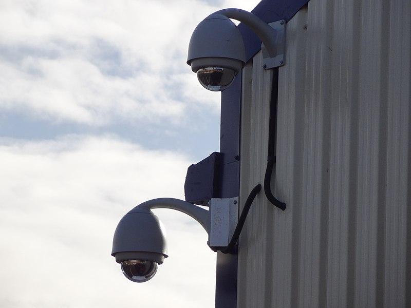 800px-Dome_CCTV_cameras