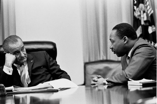 800px-Martin_Luther_King,_Jr._and_Lyndon_Johnson_2