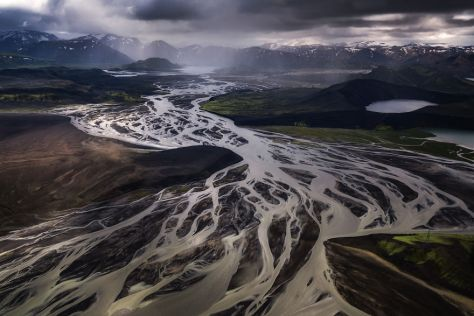 Amazing-Iceland-Aerial-Images-Show-Why-The-Country-Is-So-Popular-For-Movies-599ef64e8fc59__880