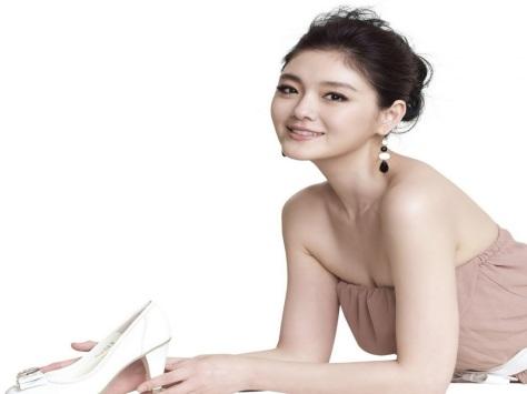 Artis Cina Tercantik Barbie Hsu 4