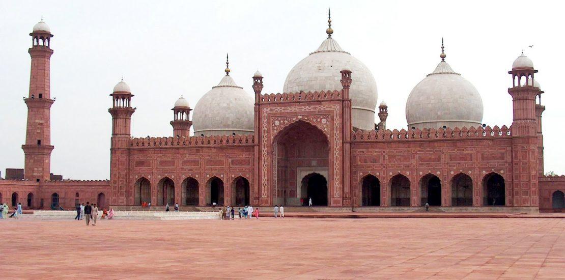 Badshahi Mosque of Lahore 1