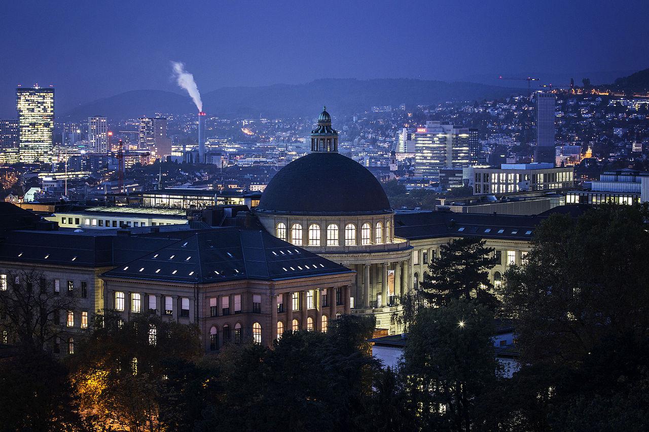 ETH_Zürich_im_Abendlicht