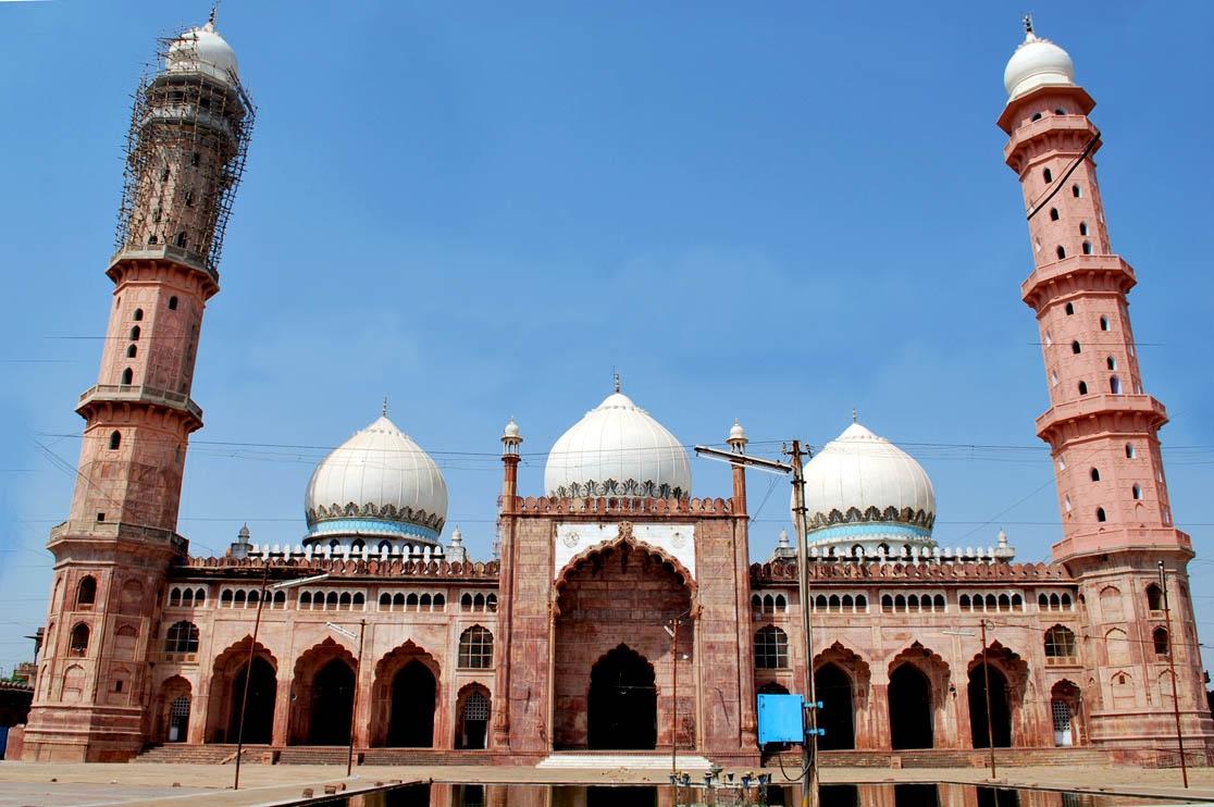 Taj ul Mosque 2
