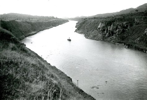1024px-After_Photograph_of_the_Panama_Canal