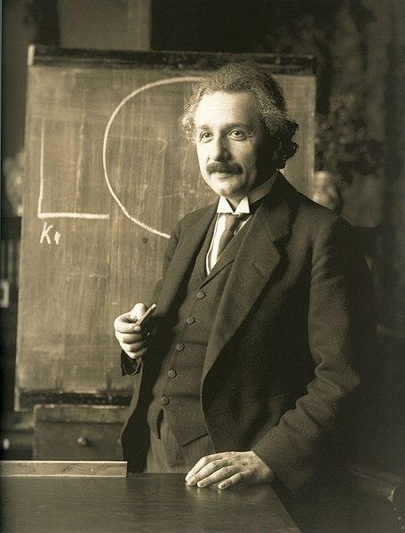 456px-Einstein_1921_by_F_Schmutzer_-_restoration