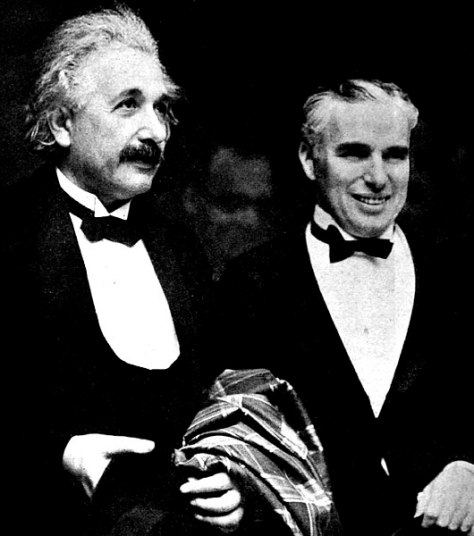530px-Albert_Einstein_and_Charlie_Chaplin_-_1931