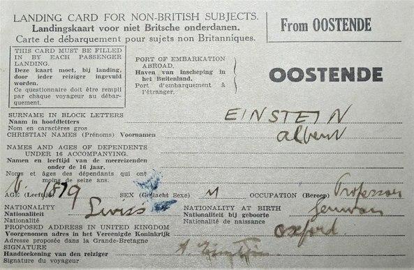 800px-Einstein's_landing_card_(5706142737)