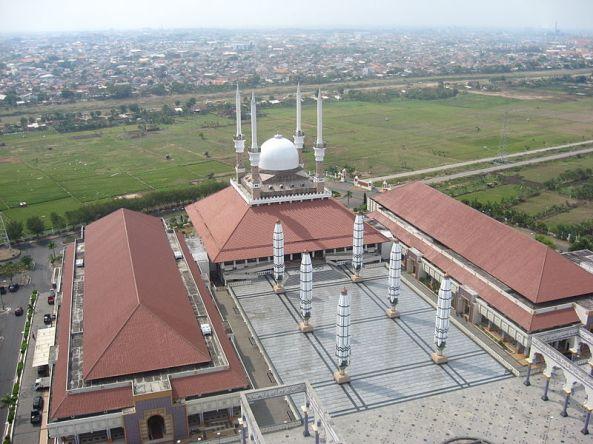 800px-Mesjid_Agung_Semarang_2009