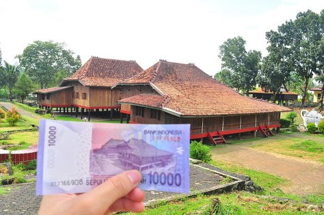 800px-Rumah_Limas_of_IDR_10000_banknote