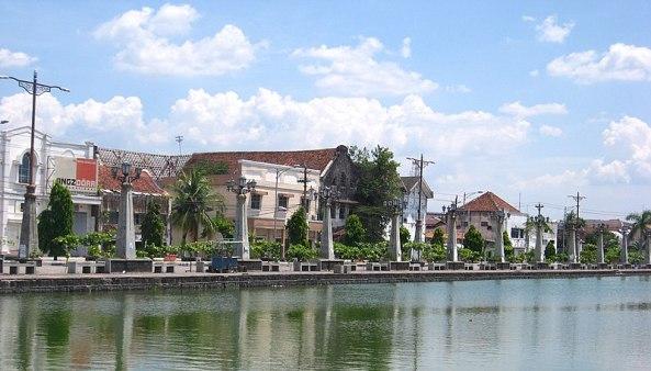800px-Semarang_Old_Town_2008