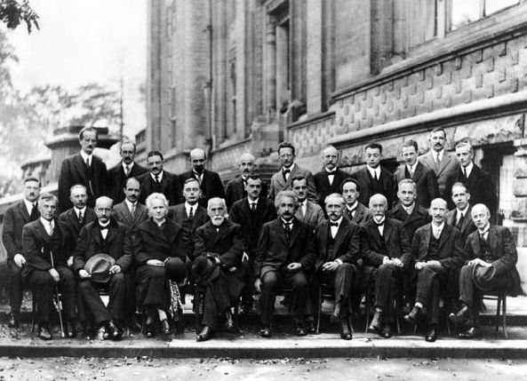 800px-Solvay_conference_1927