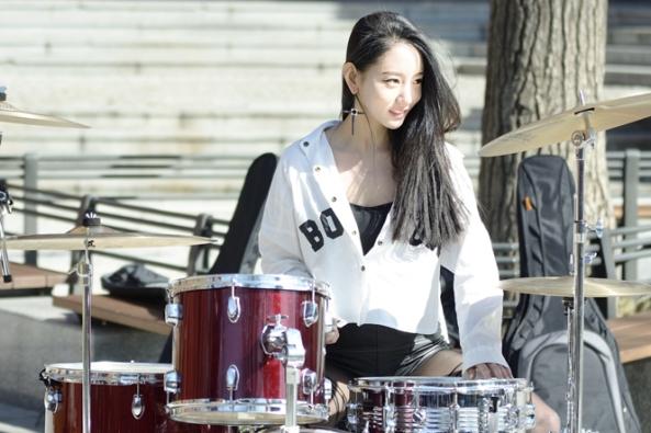 A Yeon, Drummer Cantik Primadona Korea Selatan
