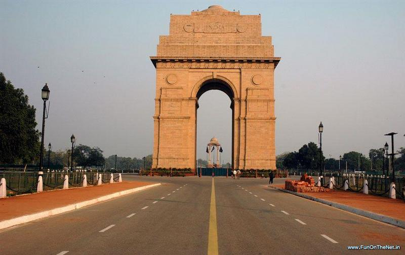 india-gate-new-delhi