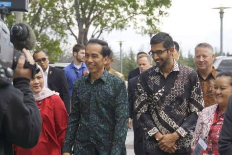 Jokowi_and_Sundar_Pichai_Googleplex
