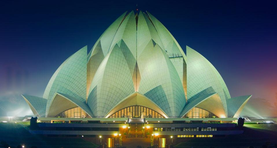 LotusTemple_EN-CA358448093