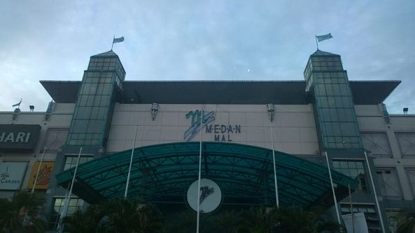 Medan_Mall_exterior