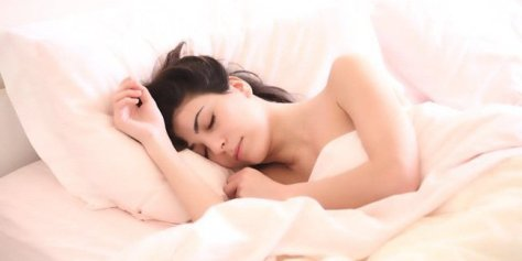 110165-ingin-tidur-nyenyak-bangun-pagi-lebih-segar-bercintalah-sebelum-tidur-030914