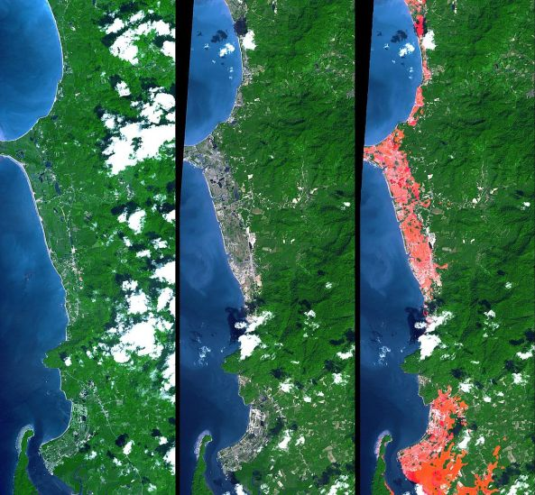 1106px-TsunamiAftermathNorthofPhuket_NASA