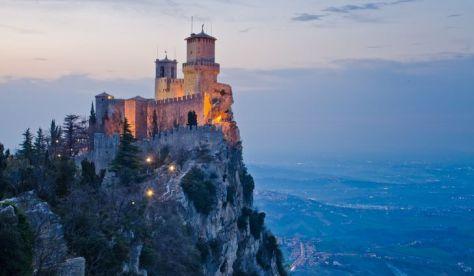 5. San Marino - 61 km²
