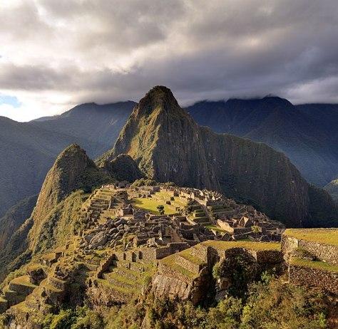 614px-80_-_Machu_Picchu_-_Juin_2009_-_edit.2