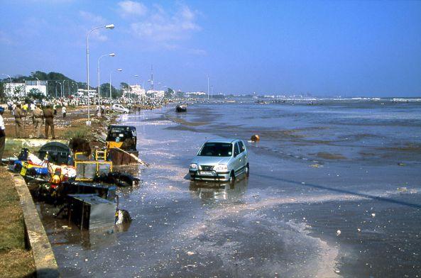 800px-Chennai_beach2