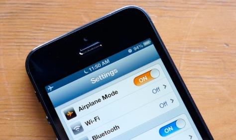Fungsi Mode Airplane Pada Smartphone