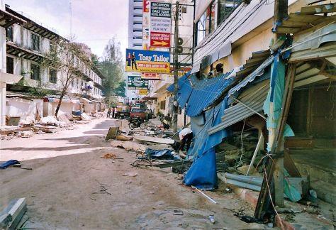 Phuket_after_tsunami_(2004)