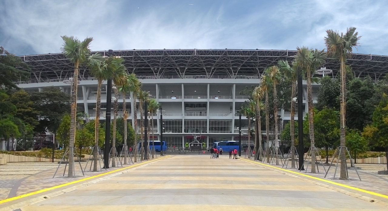 1280px-GBK_Main_Stadium_West_Plaza