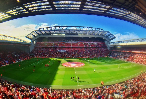 1280px-Panorama_of_Anfield_with_new_main_stand_(29676137824)