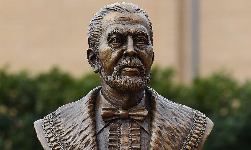 John Houlding Statue 2