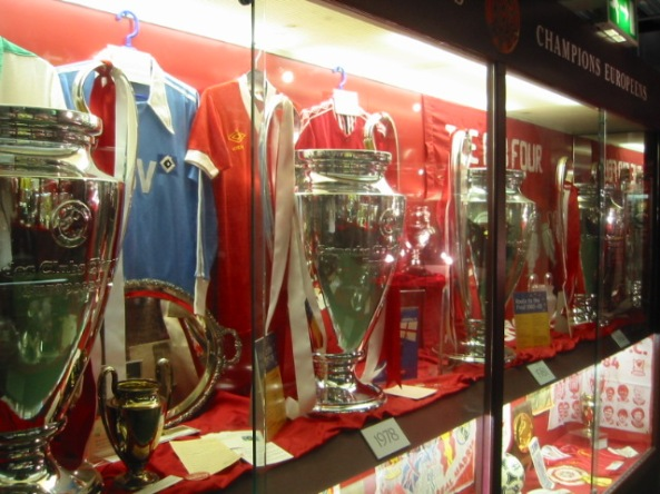 Liverpool_4_European_Cups