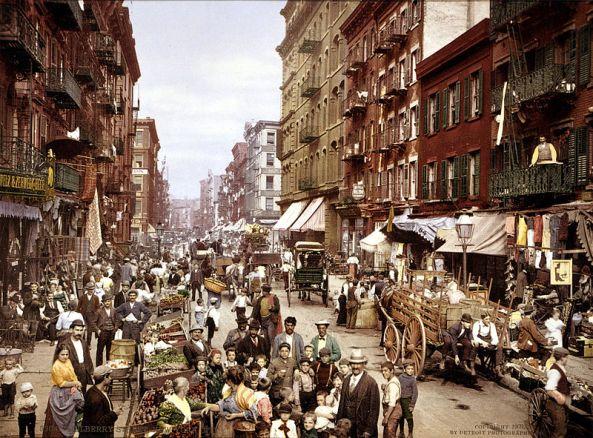 800px-Mulberry_Street_NYC_c1900_LOC_3g04637u_edit