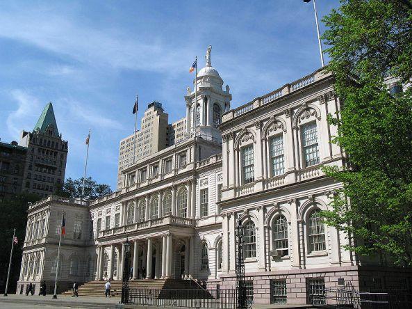 800px-New_York_City_Hall