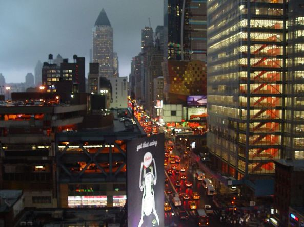800px-Storm_at_Manhattan