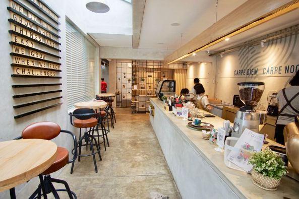 Marka-Coffee-Bandung-counter