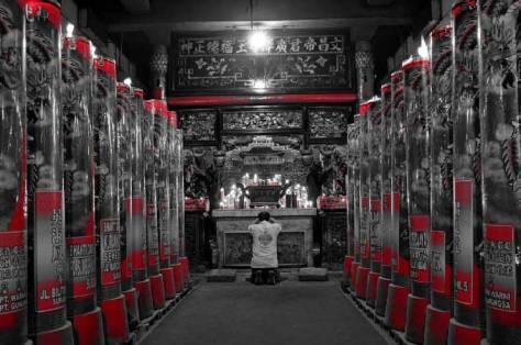 15. Kelenteng Hong Tiek Hian yang artistik