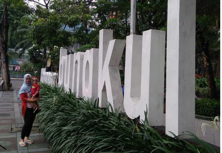 8. Taman Bungkul yang eksotis
